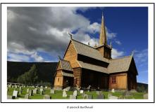 Eglise en bois debout de Lom