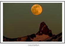 Super lune sur le Petit Muveran
